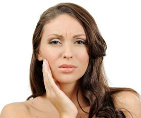 Болит зуб под пломбой – неприятность, требующая лечения